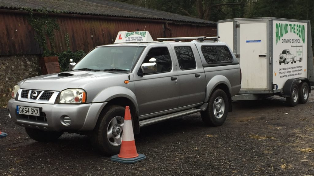 Photo of Round The Bend Driving School training trailer